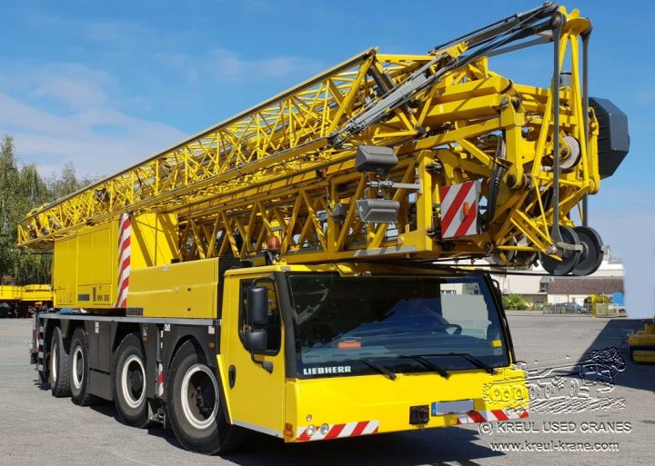 sydney tower crane hire